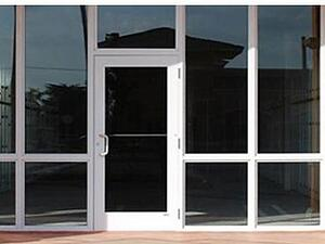 Choosing A Contractor For Commercial Storefront Glass or Windows