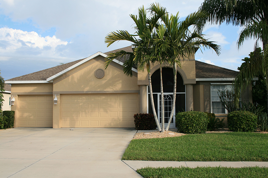 typical Florida home - Does My Florida Home Need a Wind Mitigation Inspection & Certification?